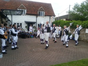 Havoc dancing Sidesteps at the Prince of Wales, Shippon