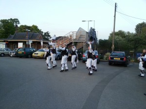 'Sidesteps' at the Railway Inn, Culham