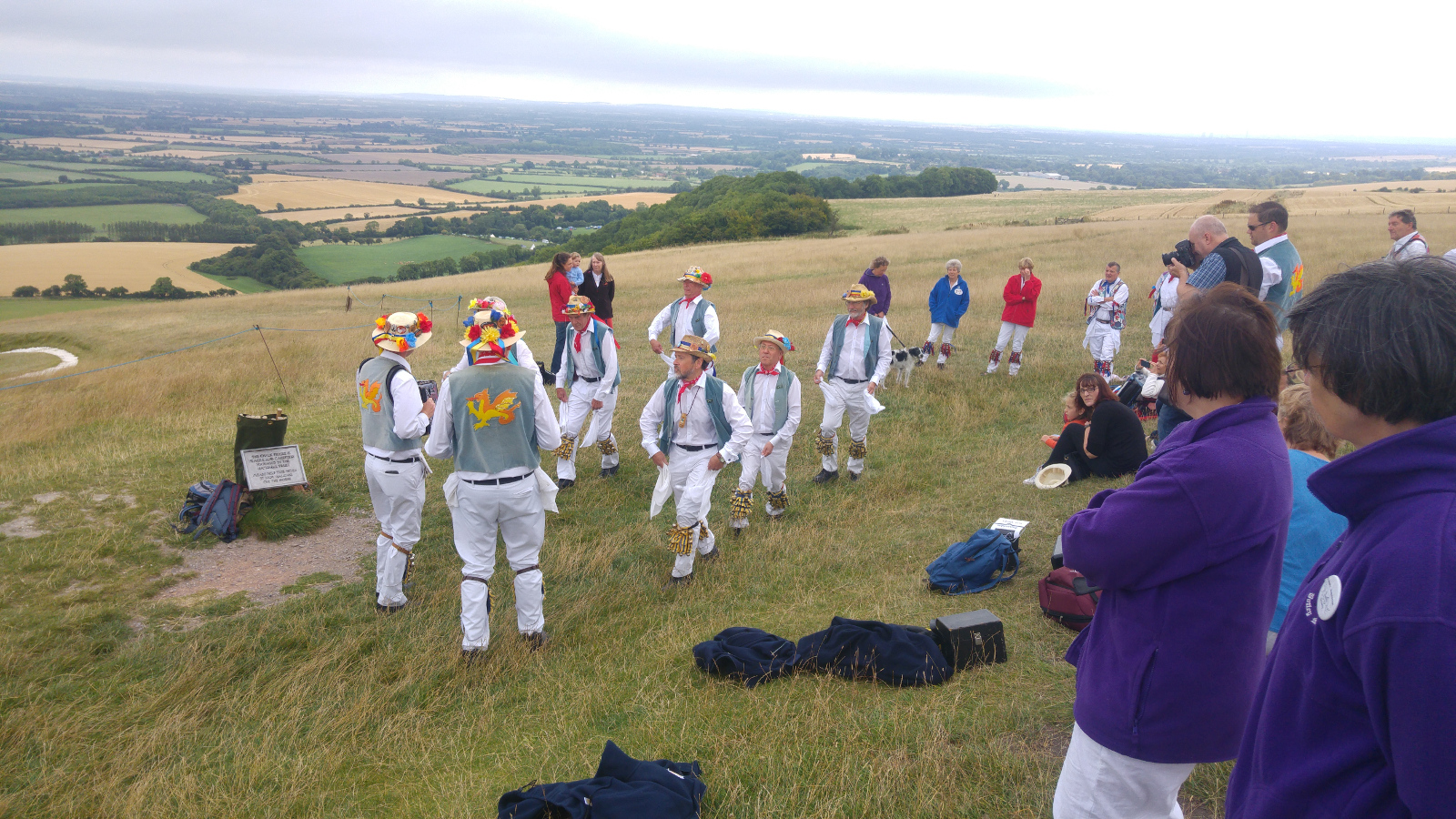 Icknield Morris Men on the White Horse